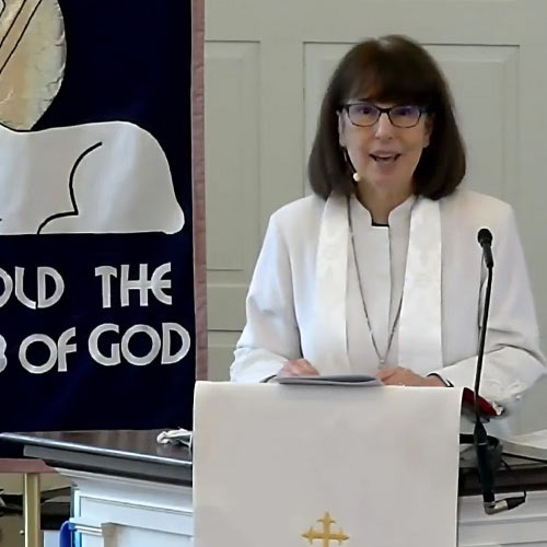 Image of Marilyn Lawrence Weiler preaching