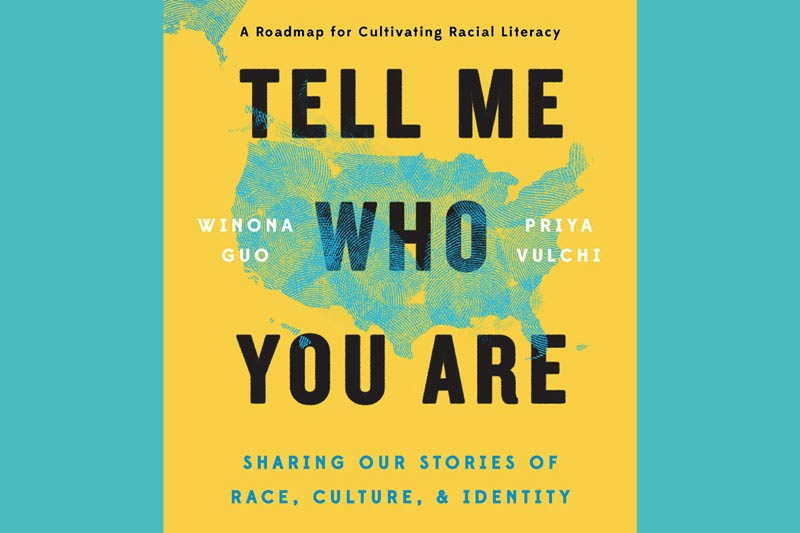 Book cover of Tell Me Who You Are